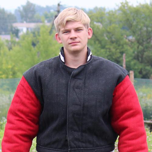 Виталий-Данилин-помощник-по-защите